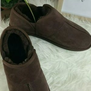 UGG Shoes - UGG Brown Suede Slippers Shoes Men's Sz10